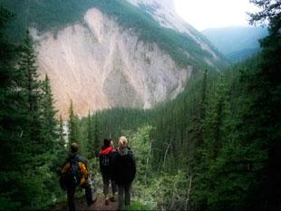 senderismo en el parque nacional de jasper