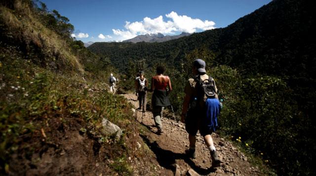 Caminata por las montañas