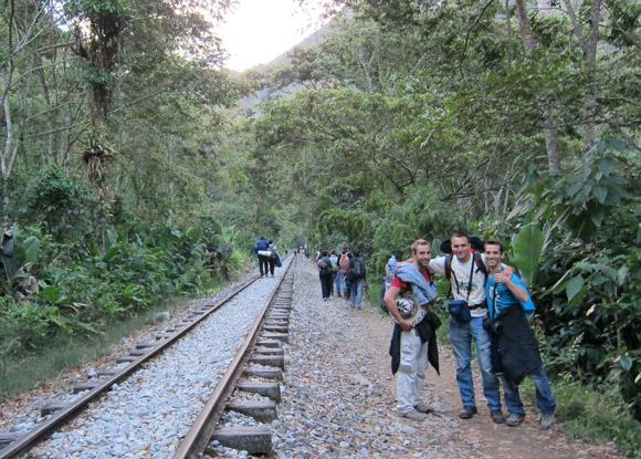 Se evalúa construcción de carretera entre Hidroeléctrica y Machu Picchu pueblo