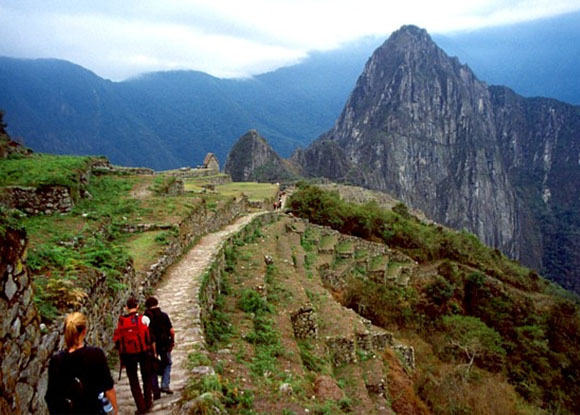 Aptae y Cartuc realizan acuerdo para fortalecer turismo de aventura en Cusco y Machu Picchu