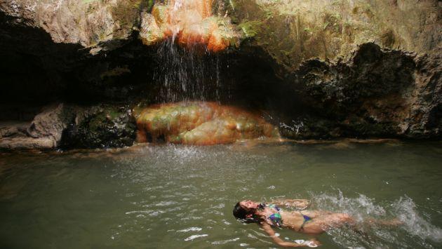 Vive y disfruta un escape de relax en los baños termales de Churín