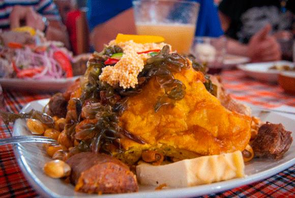 Chiriuchu: plato principal del antes y durante de las Fiestas del Cusco