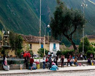 Plaza de Ollantaytambo