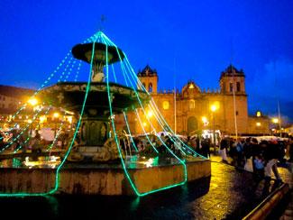 Decoración de la Plaza de Armas del Cusco