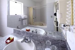 Bath of Casa Andina Classic Miraflores San Antonio