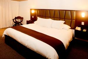 Habitación del Hotel Costa del Sol Trujillo