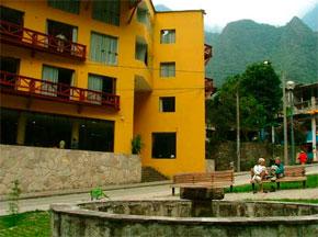 Hotel Hatuchay Tower en Aguas Calientes - Machupicchu