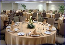 Restaurant Sol de Oro Hotel and Suites