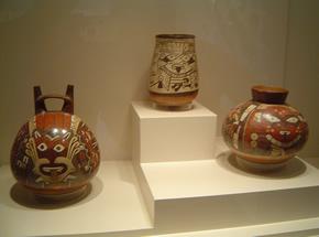 Bellos cerámicos de la cultura Nazca