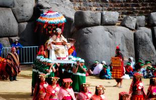 Ñusta en el Inti Raymi