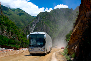 bus to abancay